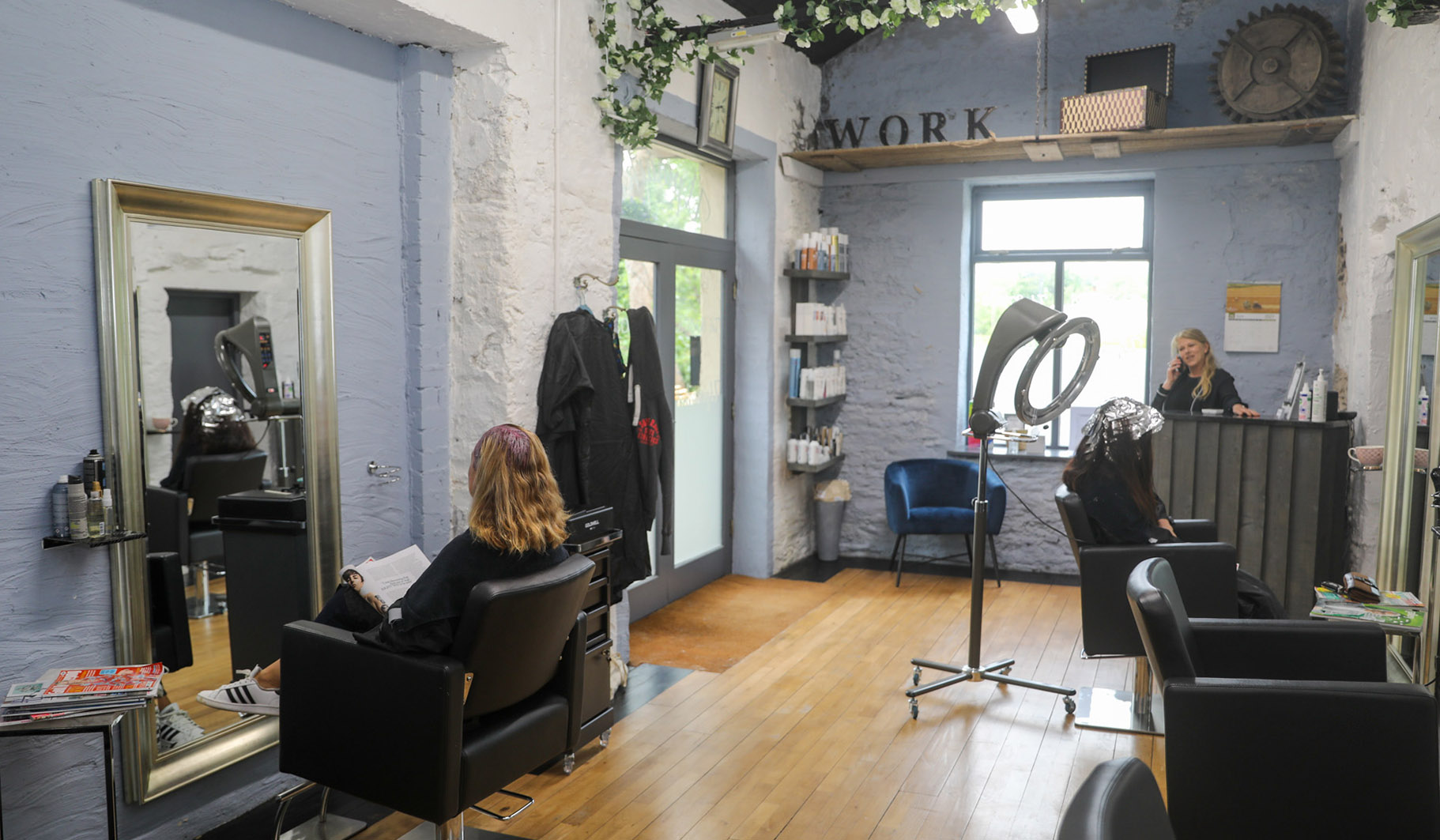 Upmarket Hair Studio (1)